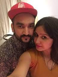 Fazilpuria with his wife