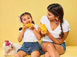 Lakshmi Manchu with her daughter