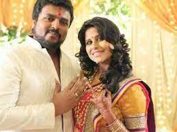 Sai Tamhankar with her husband