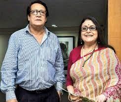 Ranjit Mallick with his wife