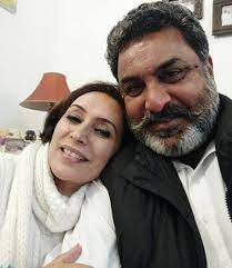 Hobby Dhaliwal with his wife