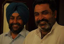 Hobby Dhaliwal with his brother