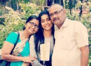 Vartika Jha with parents