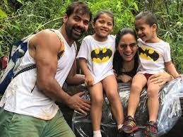 Kanchi Kaul with her husband & kids