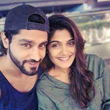 Isha Keskar with her boyfriend