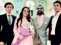 Remo D'Souza with his wife & sons