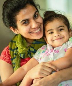 Sravana Bhargavi with her daughter